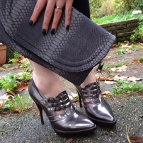Primark Snakeskin Clutch / Jonathan Kelsey for Mulberry Cropped Booties